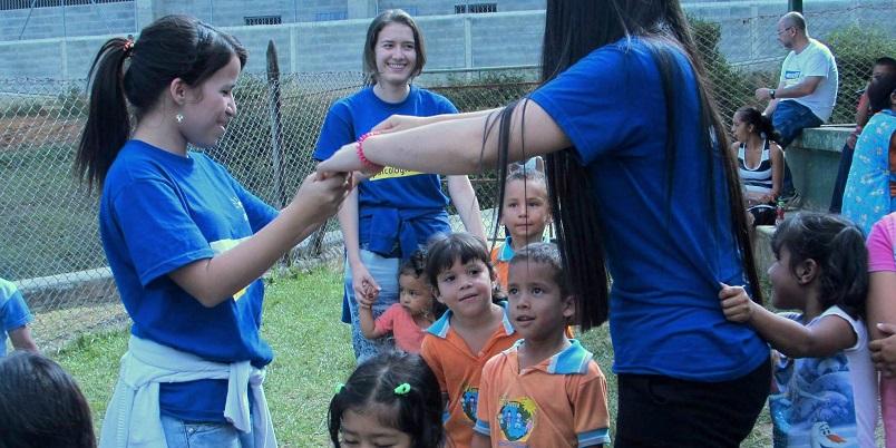 Misiones-psicologicas-del-Centro-Arete-2016-Familia-Sodalite-Noticias-1