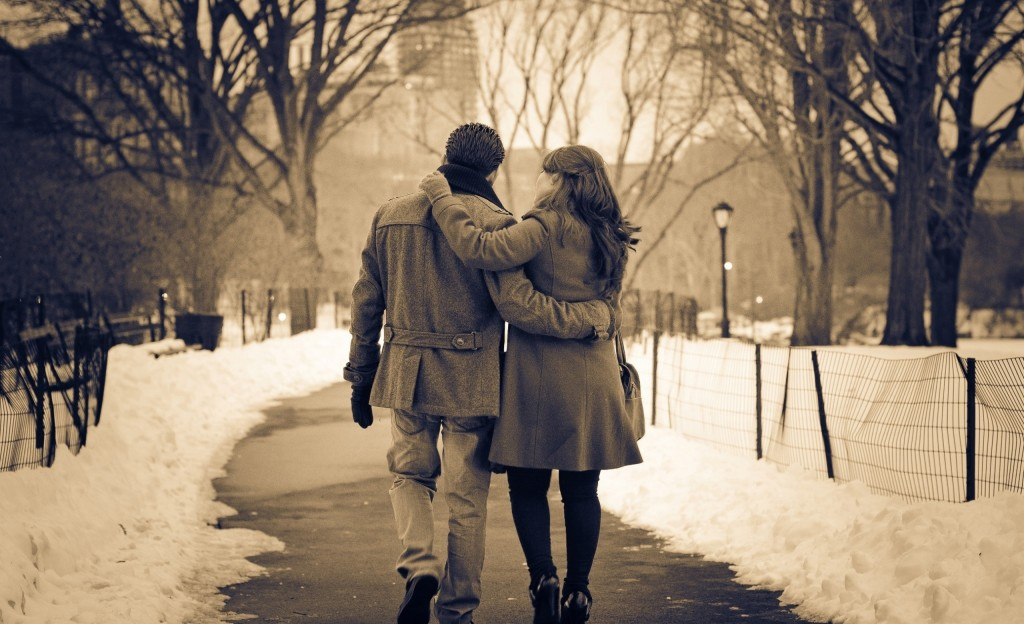 romantic-couple-sweet-hd-pictures