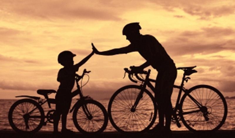 padre-e-hijo-bicicletas