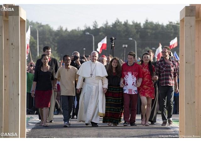 20170113 Papa con Jovenes Cracovia